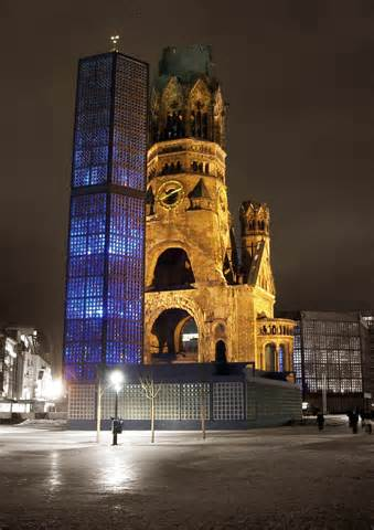 thCABORZFZ_Kaiser Wilhelm Church
