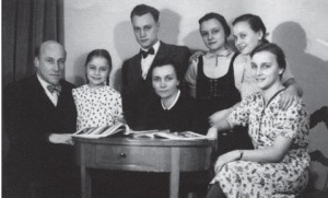 WilhelmBusch_Family photo 1943