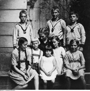 Paula Bonhoeffer and Her Kids
