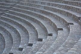 amphitheatre-1004396__180
